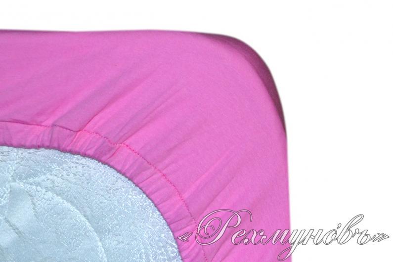 Розовый трикотажный набор (2 наволочки + простынь)