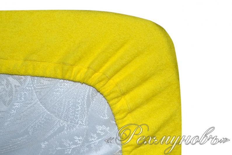 Желтый махровый набор (2 наволочки на молнии + простынь)